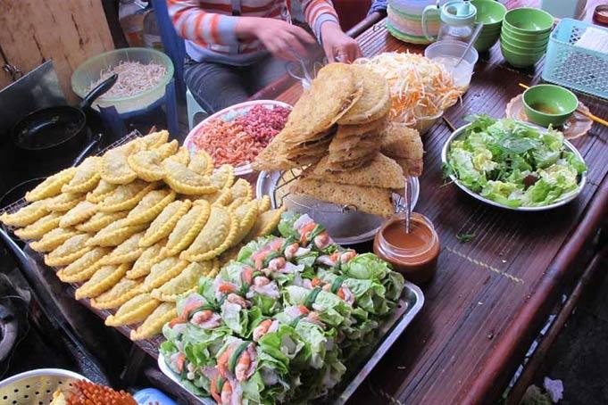 Việt Nam lọt Tốp 10 tour du lịch ẩm thực đường phố