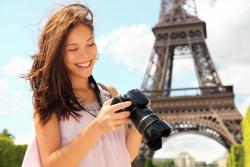 Cách giữ an toàn cho bạn gái trên đường du lịch