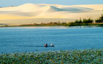 Du lịch Phan Thiết, Phan Thiết - Biển xanh, cát trắng, nắng vàng