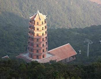 Hà Nội – Tràng An - Bái Đính - Hạ Long - Chùa Ba Vàng