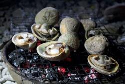 Hải sản thơm ngon trên biển đêm Lý Sơn