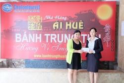 """Cholontourist trao giải đặc biệt và giải nhất cho khách hàng trúng thưởng """"Cùng Ái Huê thưởng ngoạn trăng rằm"""""""