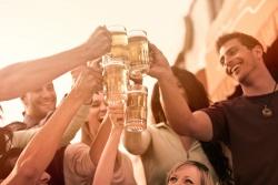 Tận hưởng nét độc đáo của lễ hội bia ở Việt Nam