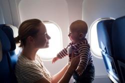 Để đi máy bay với trẻ nhỏ dễ dàng