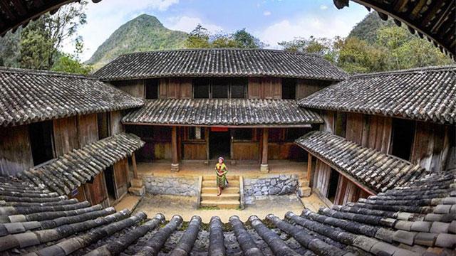 Nhà Vương vua Mèo Hà Giang - Nhật ký du lịch Hà Giang Cao Bằng Cholontourist