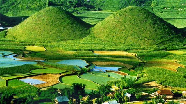 Núi đối Quản Bạ Hà Giang - Nhật ký du lịch Hà Giang Cao Bằng Cholontourist