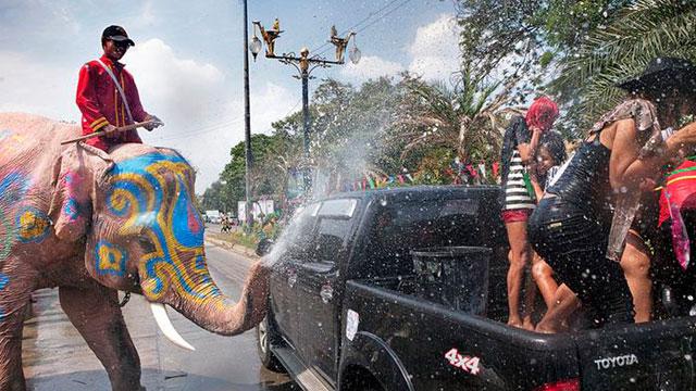Lễ hội té nước Thái Lan - Lễ hội Songkran