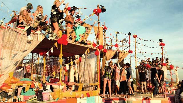 Lễ hội âm nhạc và nghệ thuật wonderfruit Thái Lan
