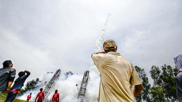 Lễ hội tên lửa Rocket festival