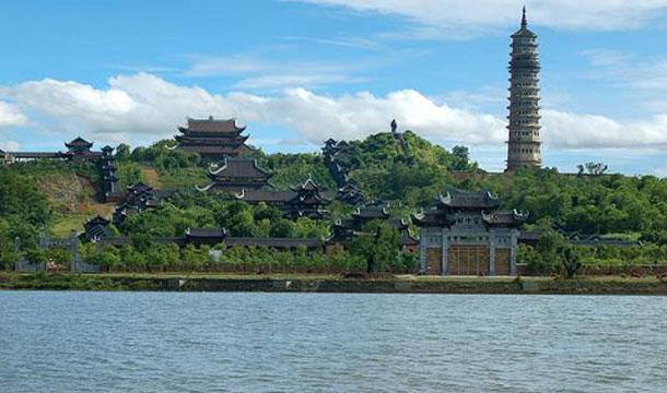 Quần thể di tích chùa Bái Đính Ninh Bình - Du lịch miền Bắc