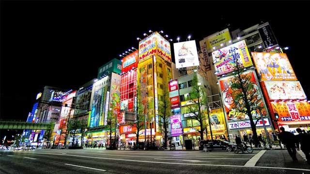 Trung tâm mua sắm Akihabara Nhật Bản