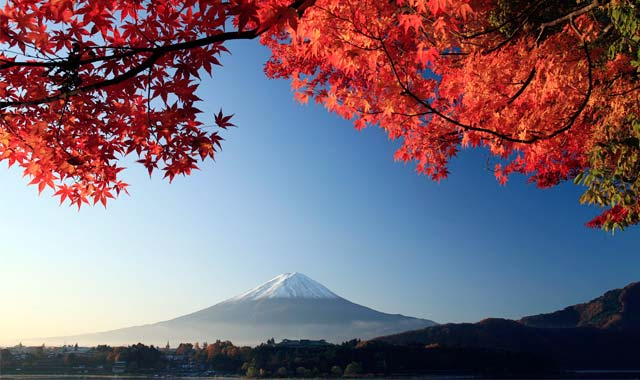 Núi Phú Sĩ Nhật Bản mùa thu - Tour du lịch Nhật Bản 4n3d Cholontourist