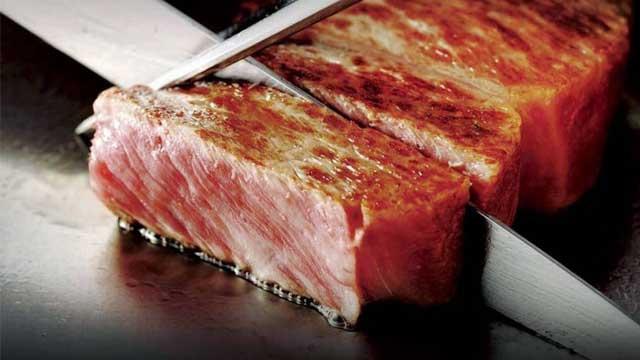 Thưởng thức thịt bò Kobe - Tour du lịch Nhật Bản 6N5Đ Cholontourist