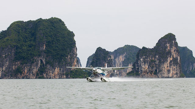 """Du lịch Hạ Long bằng thủy phi cơ - Tour du lịch miền bắc 4 ngày 3 đêm ngắm """"Đảo đầu lâu"""" Kinhkong bằng thủy phi cơ"""