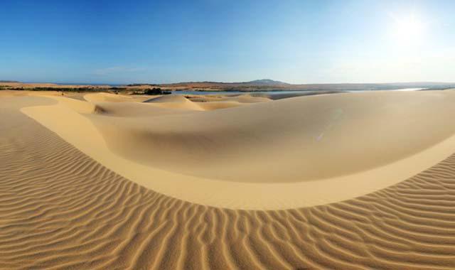 Đồi cát bay Mũi Né - Tour du lịch Phan Thiết 2 ngày 1 đêm lễ 30/4