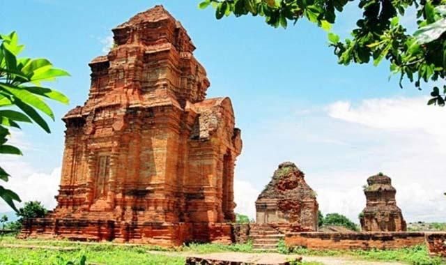 Tháp Chàm Posanu Phan Thiết - Tour du lịch Phan Thiết 2 ngày 1 đêm lễ 30/4